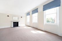 Flat in Nevern Square...