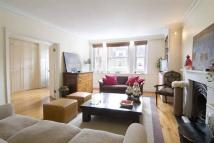 3 bedroom Flat to rent in Bina Gardens...