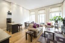 1 bedroom Flat in Roland Gardens...