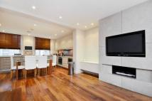 2 bed property in De Walden Street...