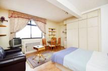 Studio flat for sale in Upper Berkeley Street...