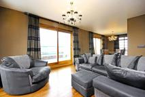 2 bed Flat for sale in Gloucester Place...
