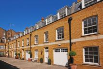 3 bed house to rent in Beverston Mews...