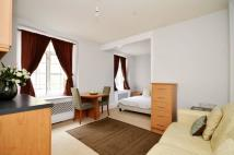 Studio apartment to rent in Harrowby Street...