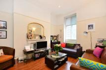 Flat to rent in Thayer Street...