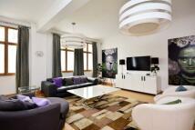 3 bedroom Flat in George Street...