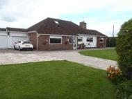 5 bedroom Detached Bungalow in Frog Lane, Holt, Wrexham