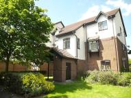 Apartment to rent in David Close, Harlington...
