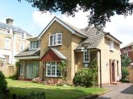3 bed Detached house in UPPER MAZE HILL...