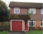 3 bed semi detached house to rent in Latham Road, Romsey