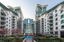 2 bed Flat in St Georges Wharf...