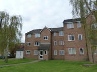 Studio apartment to rent in Leigh Hunt Drive, London...