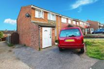 3 bedroom Terraced property to rent in Winston Road, Rochester