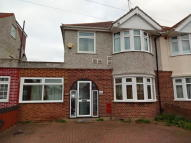 5 bed semi detached property for sale in Hounslow, Middlesex