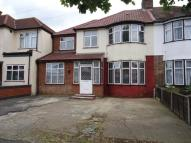 5 bed semi detached property for sale in Southall, Middlesex