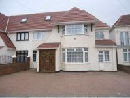 5 bed semi detached property in Norwood Green, Middlesex