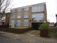 1 bedroom Flat for sale in Southall, Middlesex