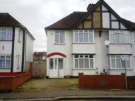 3 bed semi detached home in Hounslow, Middlesex
