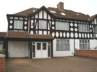 5 bed semi detached property for sale in Heston, Middlesex