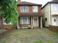 3 bed semi detached house in Heston, Middlesex