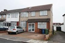 6 bedroom End of Terrace house in Glebe Crescent, Harrow