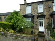 2 bedroom End of Terrace house to rent in School Street, Leeds...