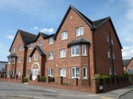 2 bed Ground Flat in Pavilion Close...