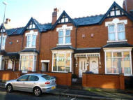Studio apartment to rent in Bearwood Road...