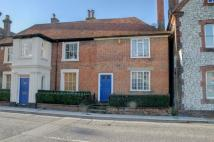 2 bedroom Cottage for sale in High Street, ALTON...