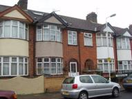 RAVENHILL ROAD Terraced house to rent