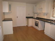 Flat to rent in Chester Road, Stretford...