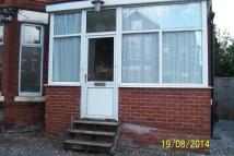 1 bed Ground Flat in CHESTNUT AVENUE...