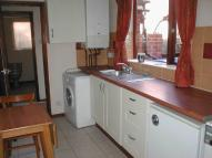 2 bedroom Apartment to rent in Avenue Crescent...