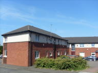 2 bed Flat to rent in Oakfield Drive...