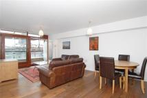 2 bedroom Flat to rent in Frobisher Crescent...