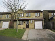 5 bed Detached home to rent in Hawthorne Way, Shelley...