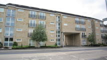 2 bedroom Apartment in Halifax Road, Lindley...