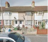 2 bedroom home to rent in Tresham Road, Barking...