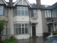 2 bed Flat to rent in Napier Road, London, N17