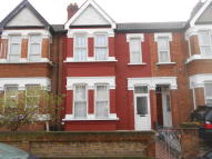 4 bedroom Terraced property for sale in Hampton Road, Ilford, IG1