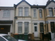 5 bedroom Terraced house in Shaftesbury Road, London...