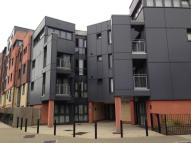 Apartment to rent in Bramley Crescent, Ilford...