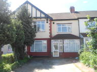 3 bed Flat in Eastern Avenue, Ilford...