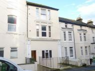 1 bedroom property in Foord Road South...