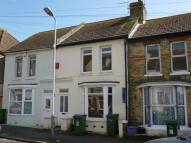 2 bed house to rent in Fernbank Crescent...