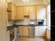 2 bedroom Flat in a Cottenham Park Road...