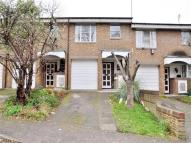 3 bed home to rent in Heights Close, London...
