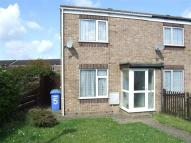 2 bed house in Buttercup Close...