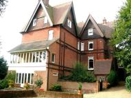 Flat to rent in Southlea Road Datchet