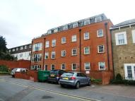 2 bed Flat for sale in High Road...